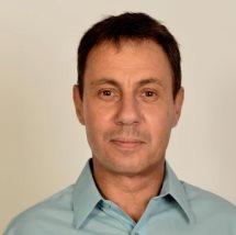 Dr. med. Wolfgang Piller Médico de Familia